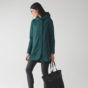 LULULEMON | Savasana Waterproof Rain Jacket | Sz.6